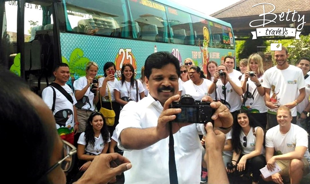Minister of Tourism A.P. Anil Kumar taking a selfie with the travel bloggers. #keralablogexpress