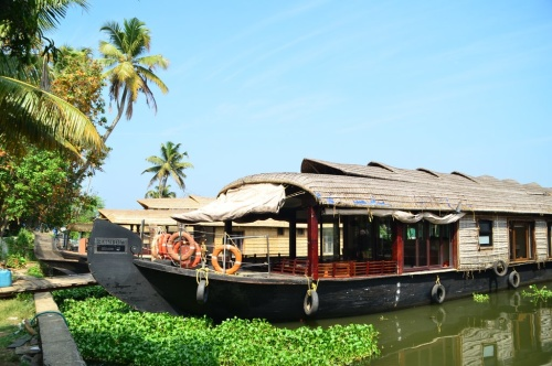 Kerala Backwater Cruise with Rainbow Cruises