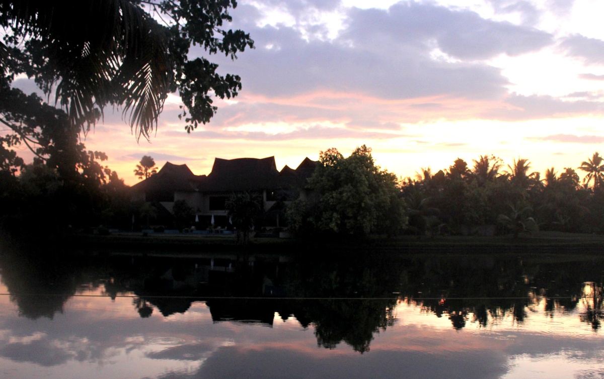 Sunrise at the Zuri Kumarakom