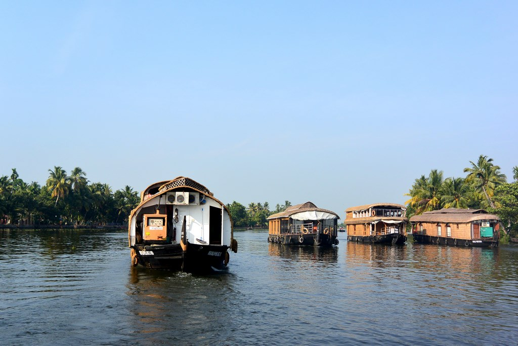 Casutele plutitoare din Kerala, Backwaters Spice Routes