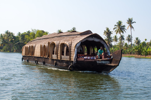 Houseboat Heaven! Cruising The Backwaters Of Kerala