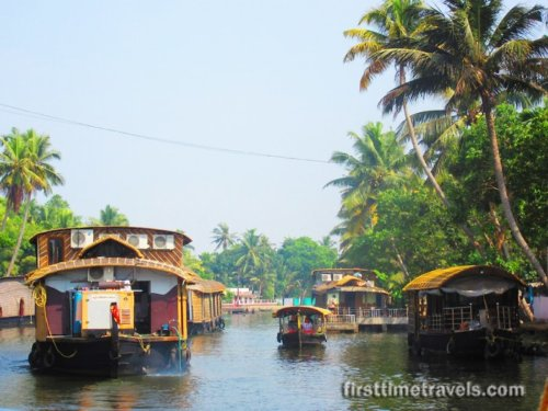 Alappuzha: A Night In A Houseboat